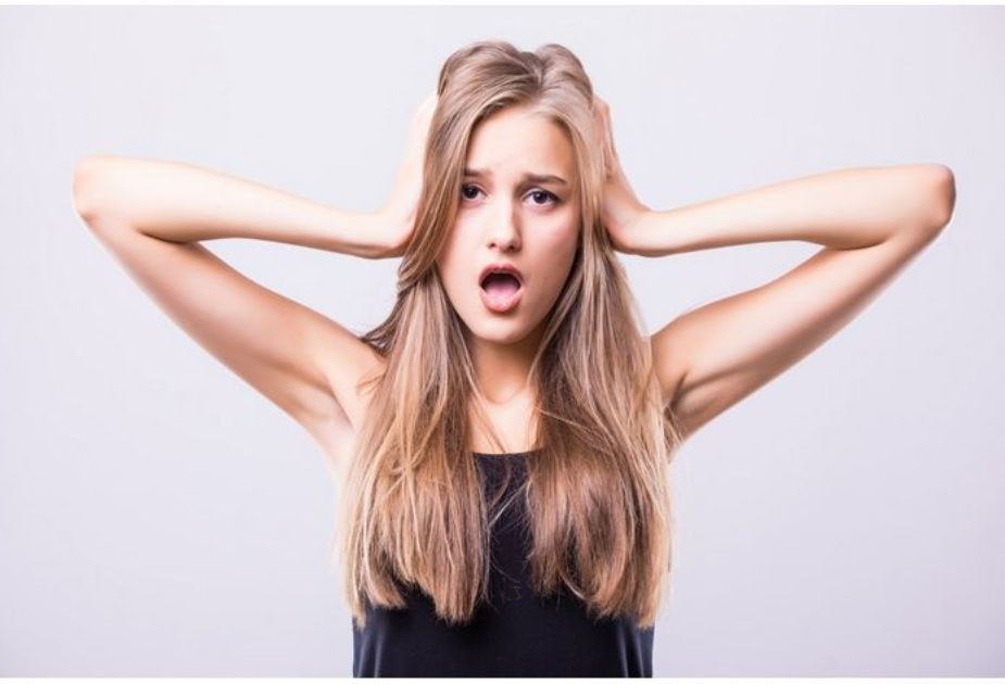 医療の顔脱毛は痛い?痛くない?痛みを感じやすいパーツは?